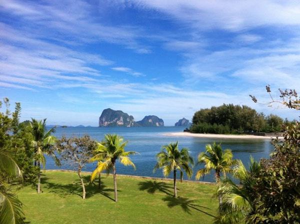 Conocida como el «país de las sonrisas», Tailandia ofrece una calidad de vida excepcional, con buenas infraestructuras urbanas y un magnífico entorno natural.